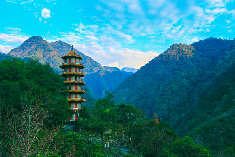 tienhsiang pagoda one of the taroko national park attractions