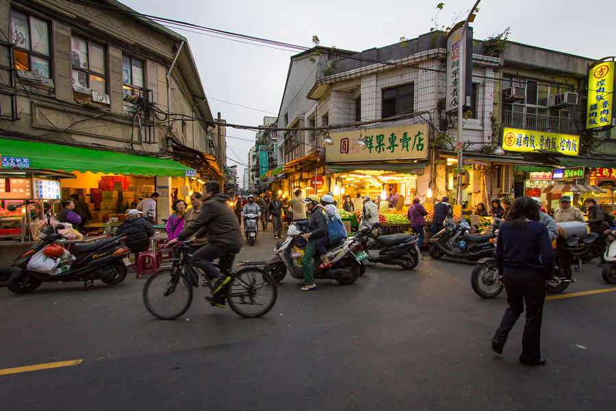 night markets in taipei