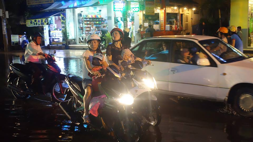 traveling southeast asia by motorbike