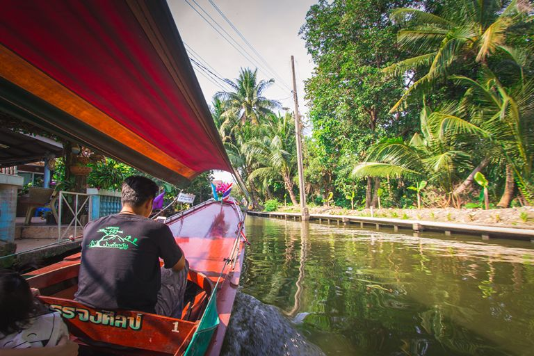 Longtail boat ride in Thonburi canals