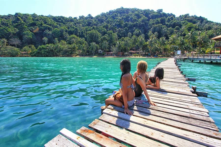 Islands to visit near bangkok