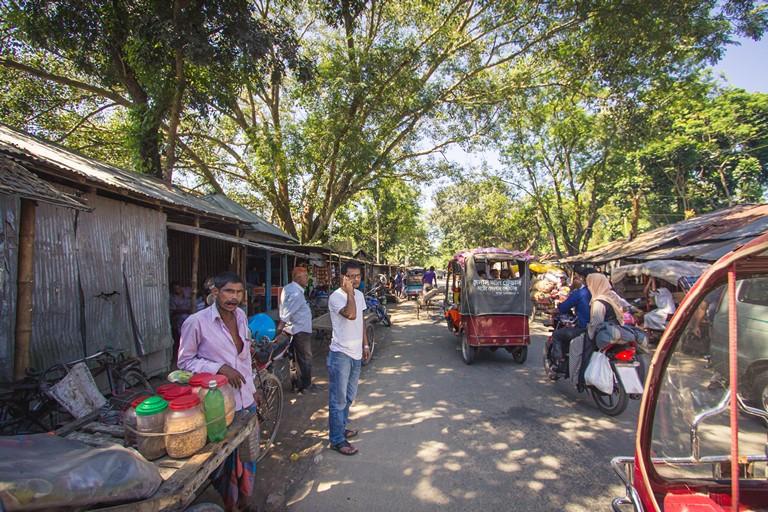 Traveling Bagladesh Tentulia