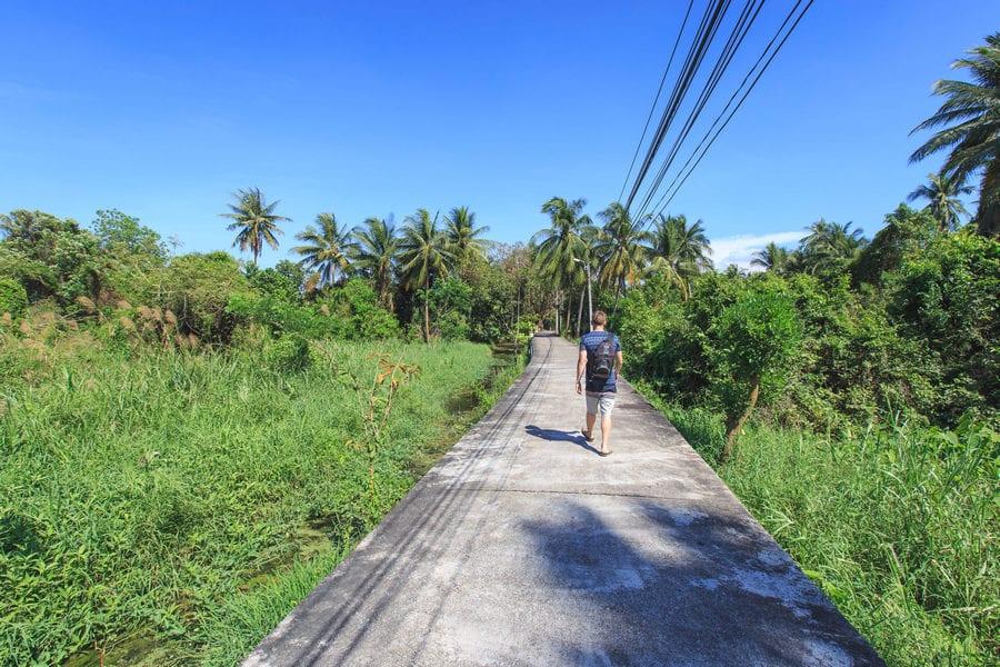 Walking Koh Kret