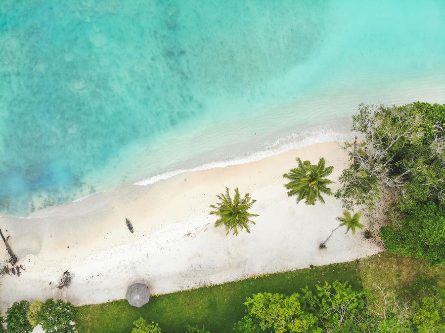 Lonnonc Beach Espiritu Santo