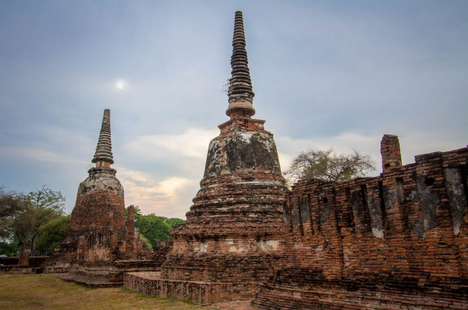 Ayutthaya Historical Park (Temple Waking Route)
