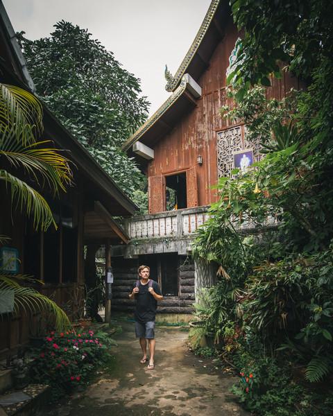 Wat Mae Kampong
