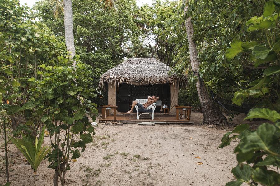 Barefoot Manta - Drawaqa Island