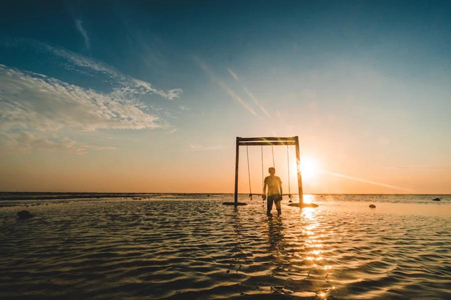 Gili T Sunset Swings