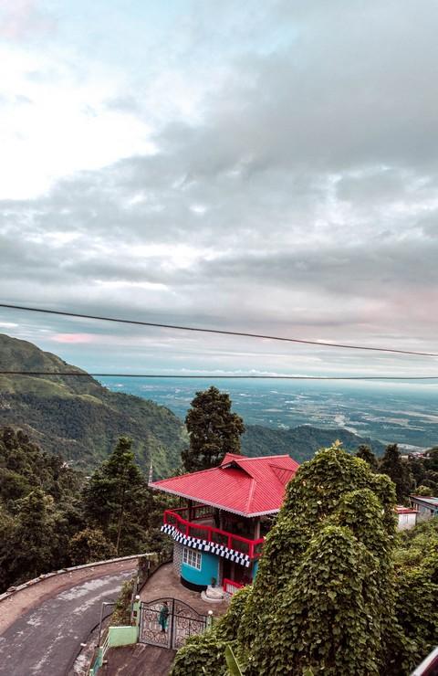 Road to Darjeeling